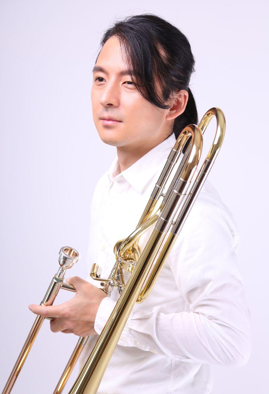 トロンボーン奏者 新山久志公式ページプロフィール       プロフィール     コメント