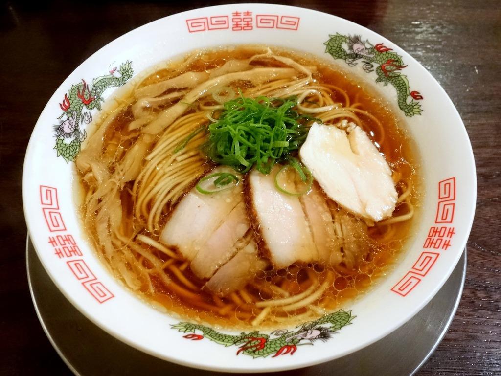 立ち呑み居酒屋 金町製麺@金町 (濃厚魚介白湯、ホロホロ鶏の中華そば) : らーめん喰倒記