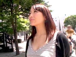 北海道のS級人妻が、夫が出張中にAV出演しちゃう!