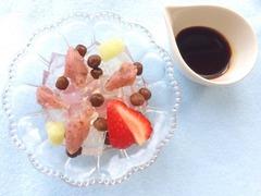 苺と桜餡の餡蜜