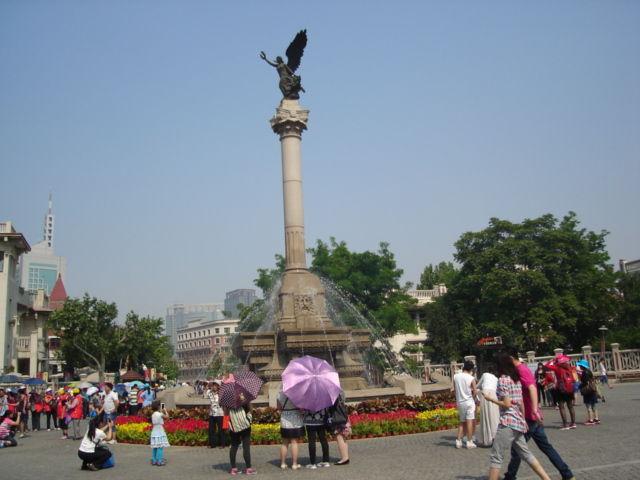 3.マルコポーロ広場