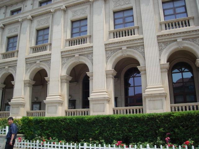 5.建物の左側