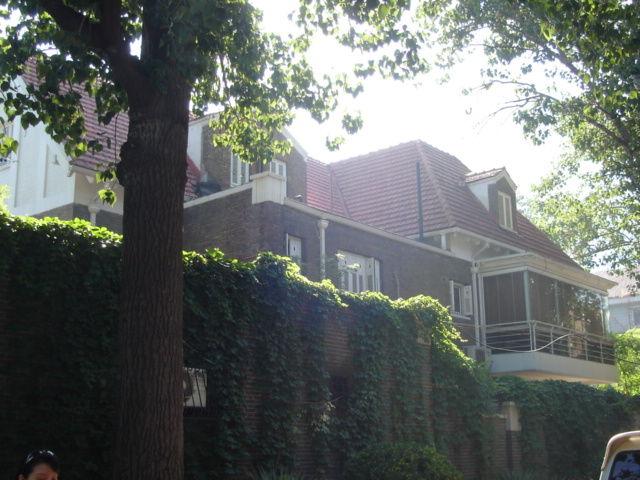 6.高樹�旧居右側面