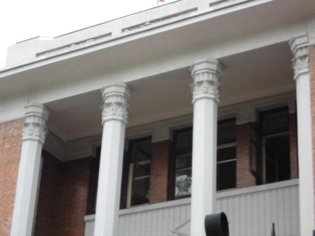 8.旧居の列柱