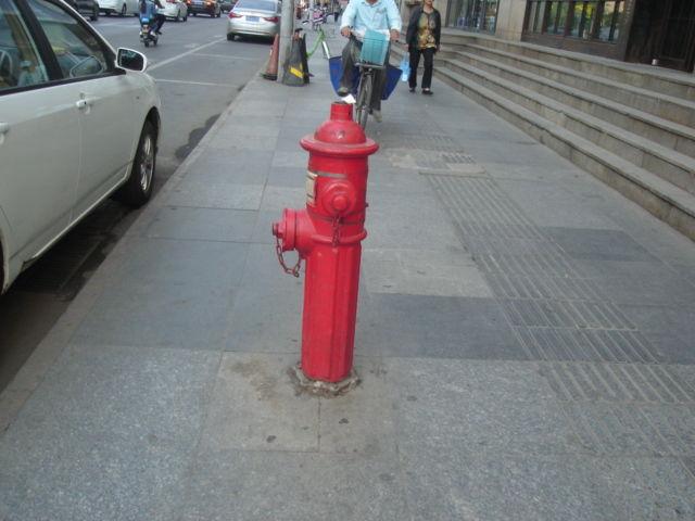 7.歩道の消火栓