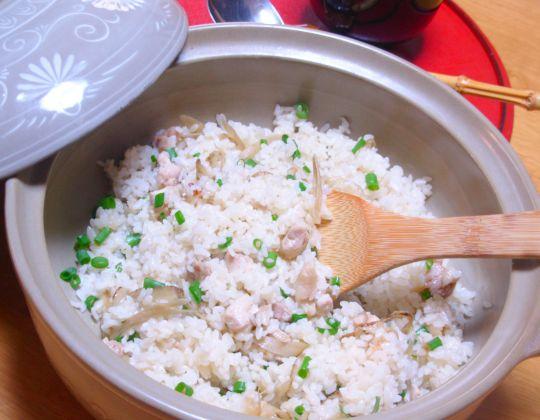 ごぼうと鶏の炊き込みご飯