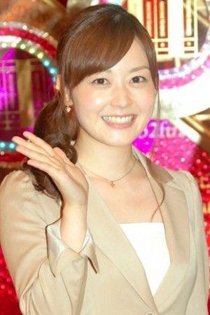 ブロンドヘアーの森尾由美さん