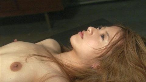 吉高由里子おっぱい3