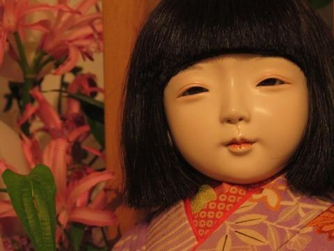 ばあちゃんの人形