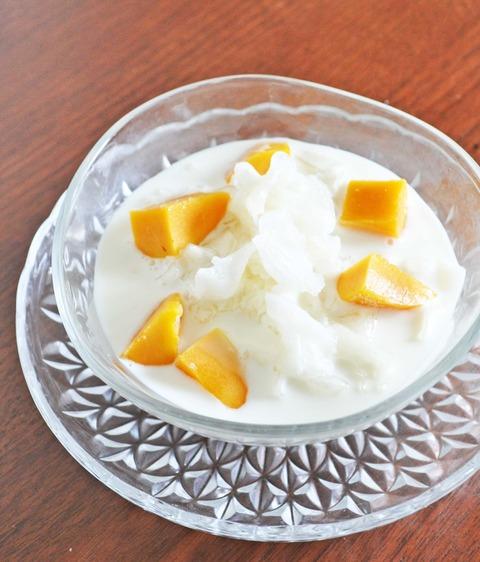 白きくらげとマンゴーのココナッツミルク
