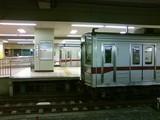 東上線の最終も発車時に1分以上Passenger(発車メロディの曲名)を流していた