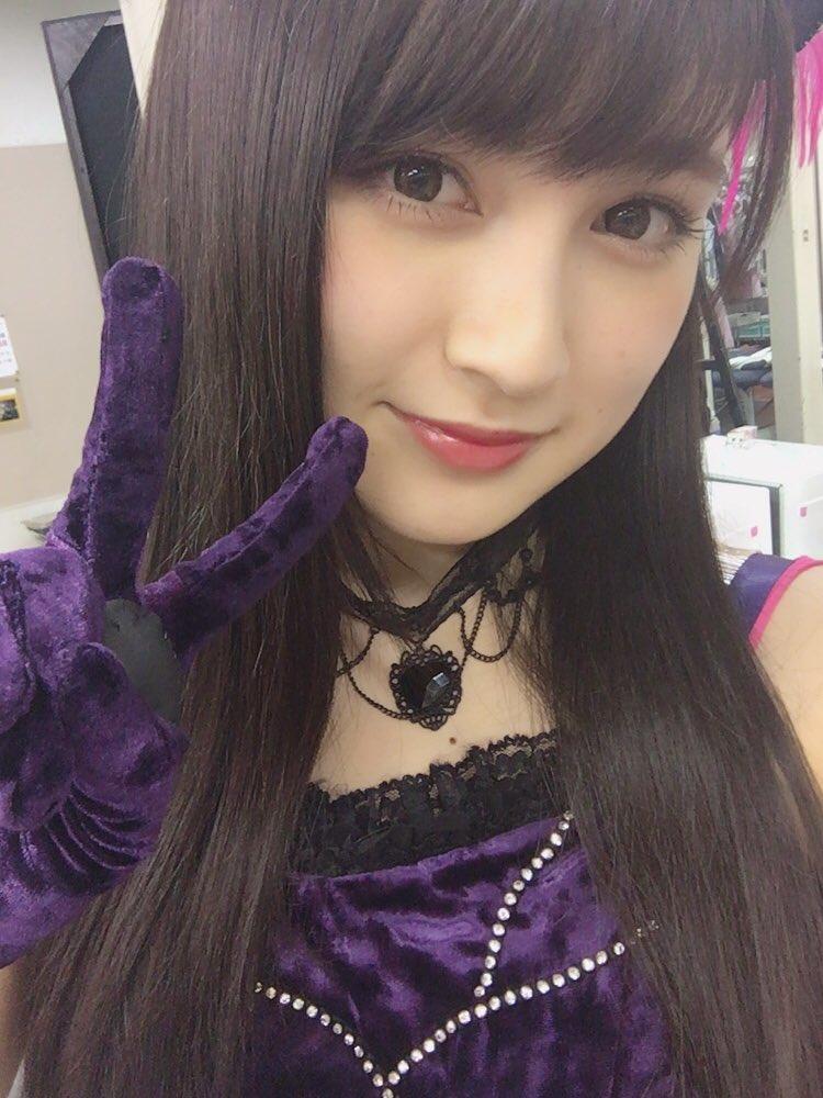 神志那結衣「選抜入り私も諦めていません!AKB48の選抜に入れるように頑張ります! 」  他