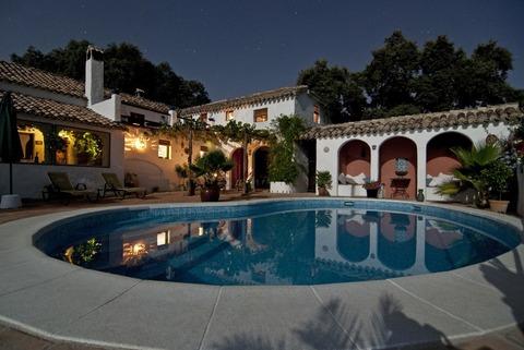 swimming-house-pool