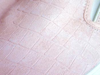 ピンク エンボス1