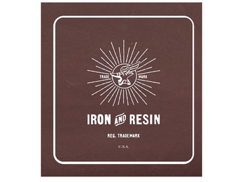 iron-and-resin-motart-1