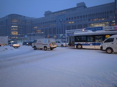 雪の札幌駅