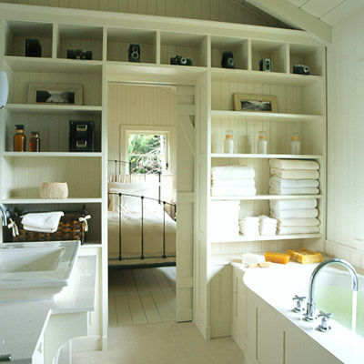 practical-bathroom-storage-ideas-24