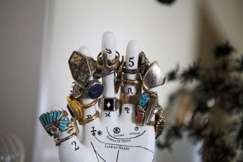 cool-jewelry-storage-ideas-33-500x333