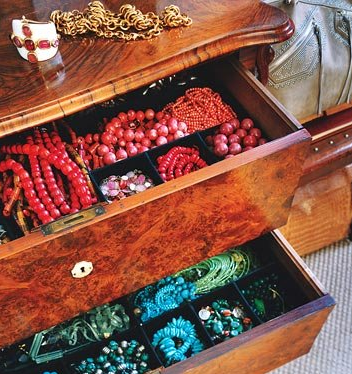 cool-jewelry-storage-ideas-45