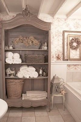practical-bathroom-storage-ideas-37