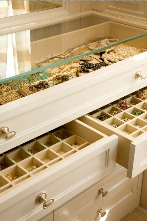 cool-jewelry-storage-ideas-17-500x752
