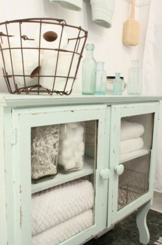 practical-bathroom-storage-ideas-36