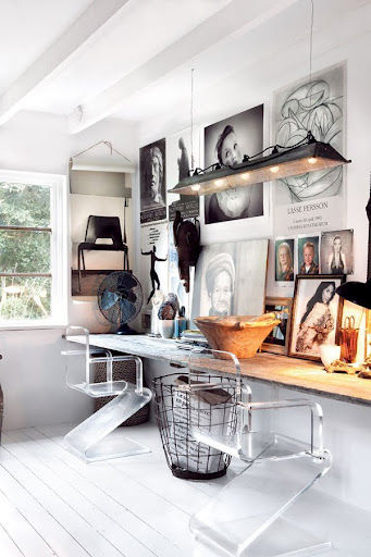 25-cool-ideas-to-display-family-photos-on-your-walls3