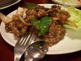 揚げスペアリブの黒胡椒炒め