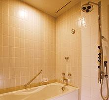 洗い場付きバスルーム-thumb-222x203-75