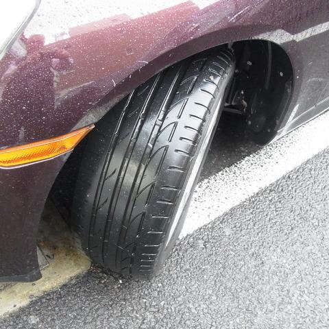 普通タイヤ
