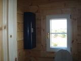 トイレ収納棚とDK窓
