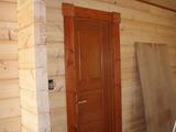 塗装済みドアとトリムボード