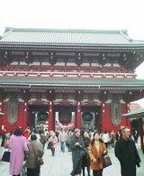 浅草寺の賑わい