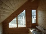 2階ホールから見た南側妻壁部開口