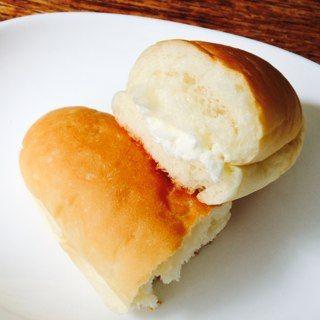 コッペパンミルククリーム/ぽれぽれベーカリー