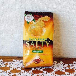 東ハト ソルティ 4種のナッツ