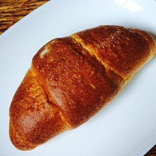 塩バターパン/パン工場(イオンラブラ万代店)