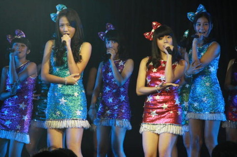 Fans-JKT48-Nggak-Hanya-Cowok_haibaru650x431