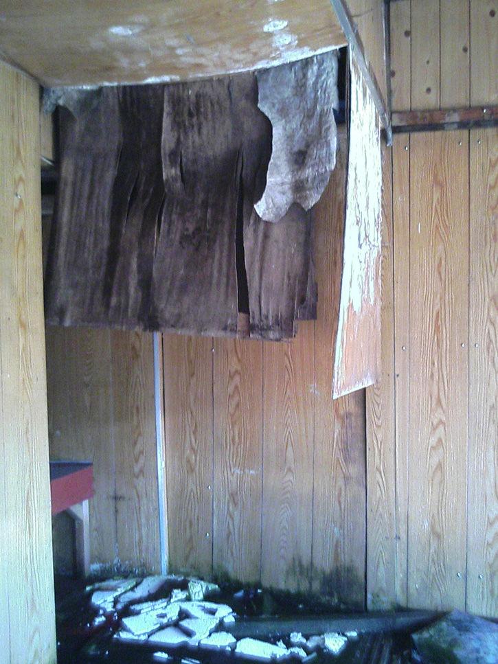 夕張廃墟 天井崩壊