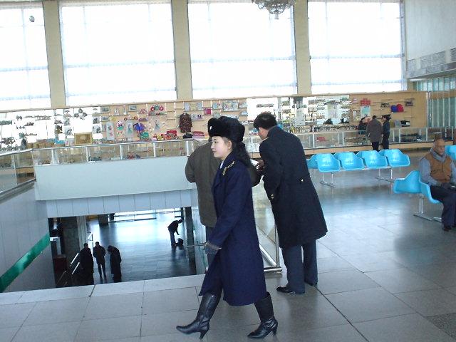 北朝鮮観光 保安員