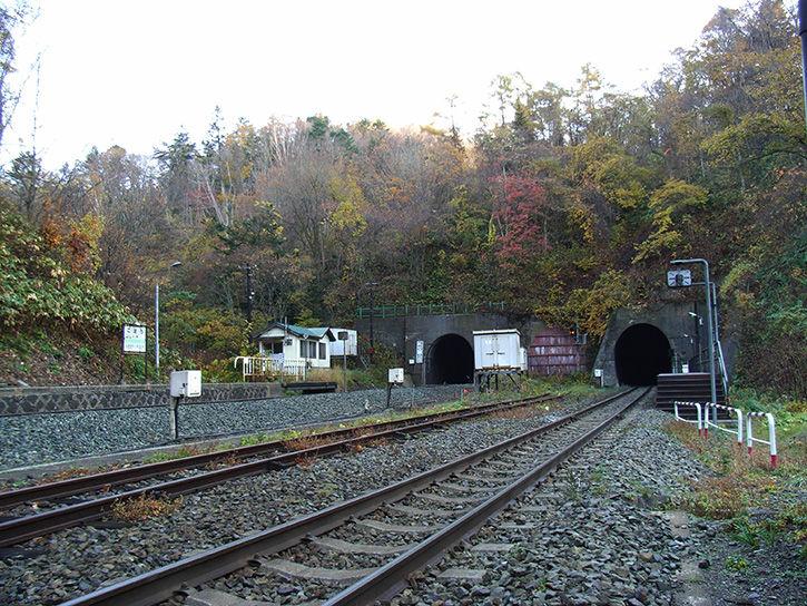 小幌駅 トンネル