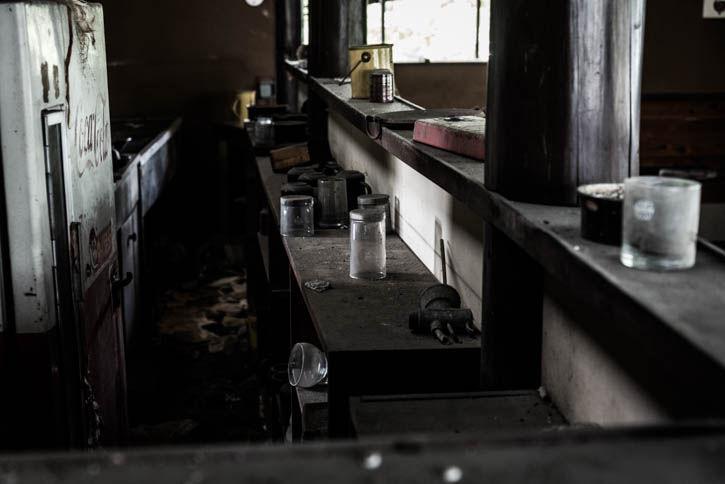 廃墟ラーメン屋-78