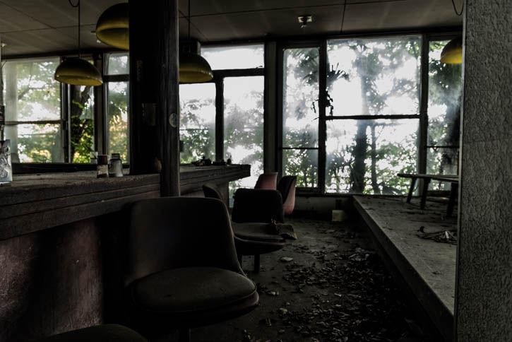 廃墟ラーメン屋-60