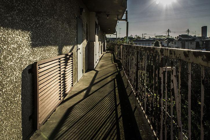 つつじヶ丘 廃アパート 2階共用スペース