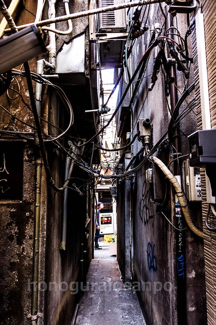 ゴールデン街-狭隘5