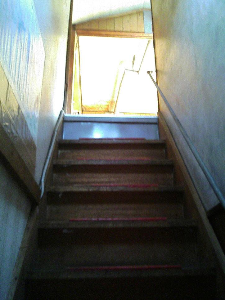 夕張 階段