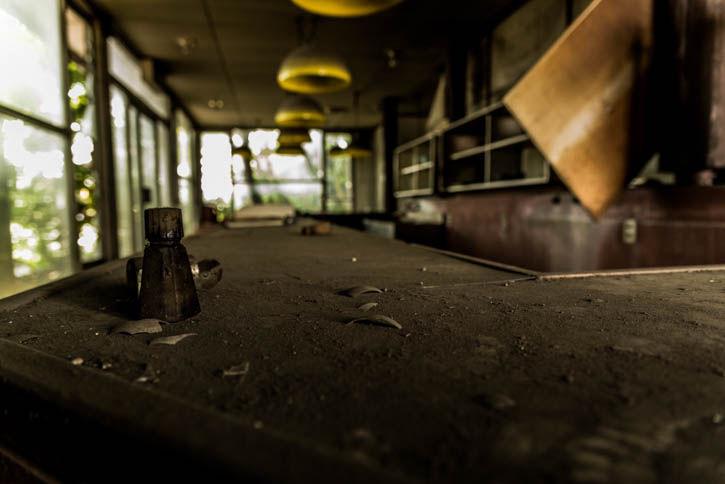 廃墟ラーメン屋-2