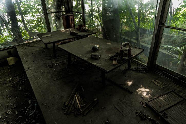 廃墟ラーメン屋-22