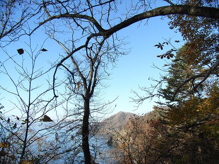 小幌駅 崖山