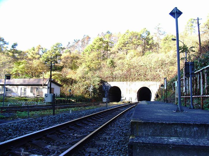秘境駅 トンネル